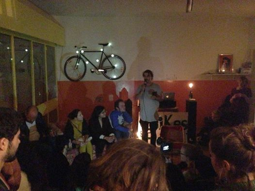 Tim presenting the speakers at the Bikes&Beats event at The Kindergarten