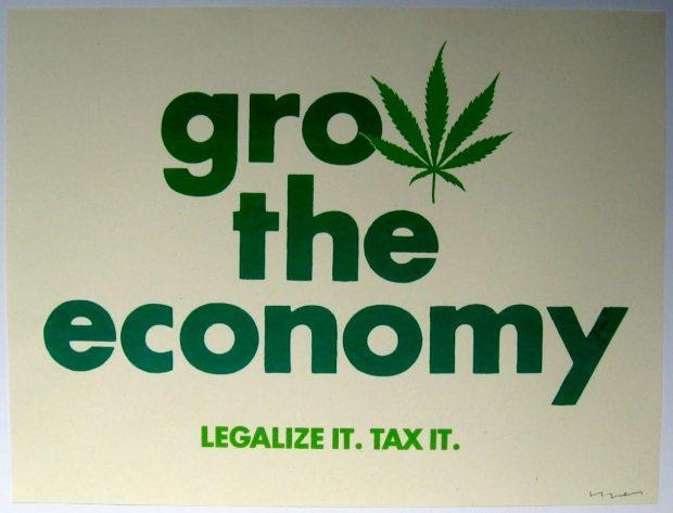 Un cartello ad una manifestazione pro-legalizzazione negli Stati Uniti (photo via @smokazon)
