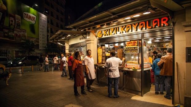Kizilkaya Islak burger joint in Taksim square, Istanbul